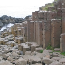 giants-causeway-in-ireland
